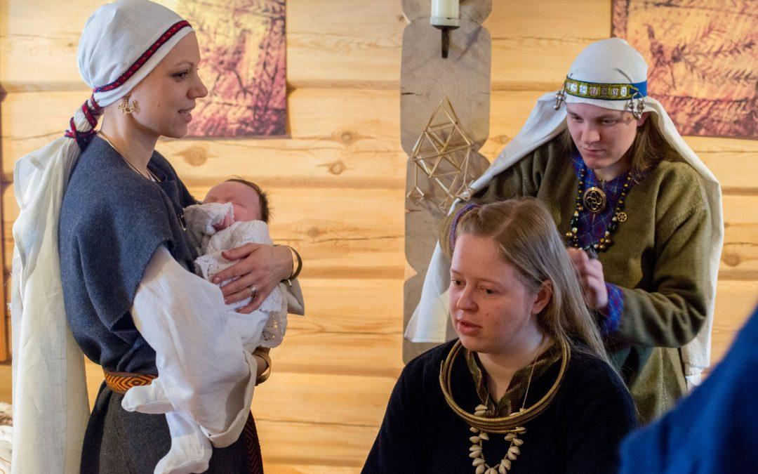 Besiburianti šeimų romuvėlė kviečia į Lopšinių vakarą