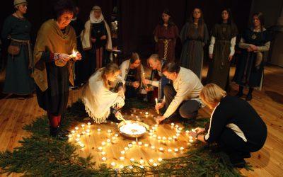 Akimirkos iš Romuvos saulėgrįžos šventės